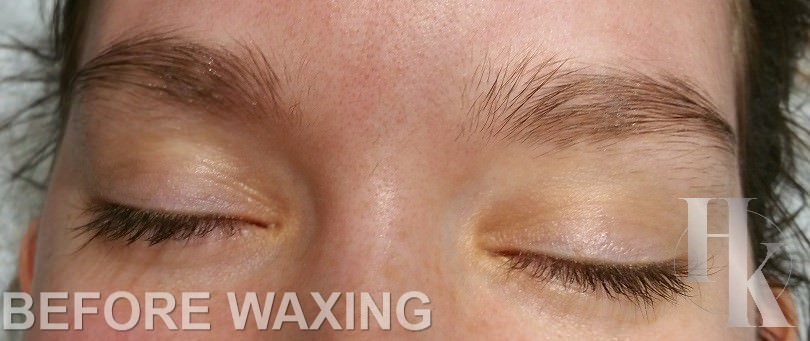 Women's Eye Brow Wax Austin (before)