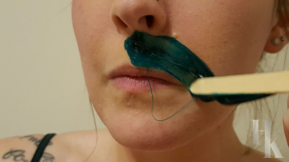Applying Facial Wax