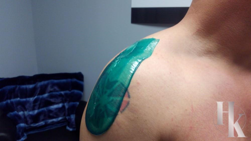 Mens Shoulder Waxing